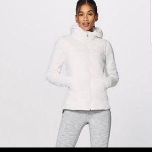 Lululemon extra mile jacket